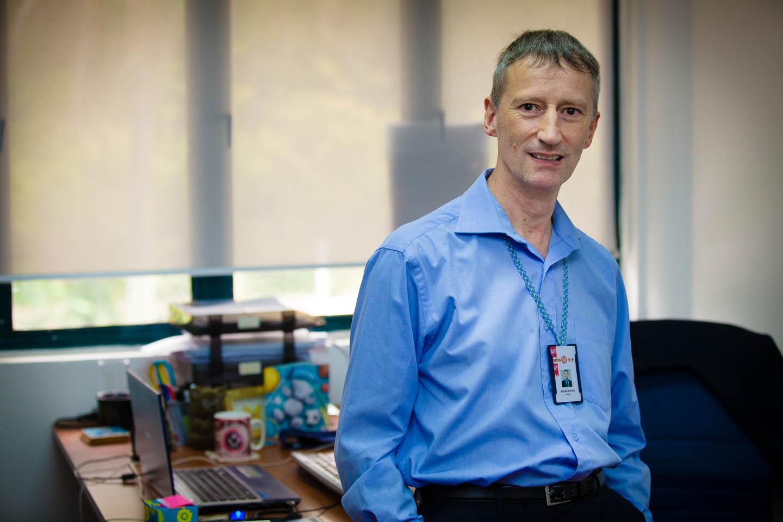 Dr Roger Senior